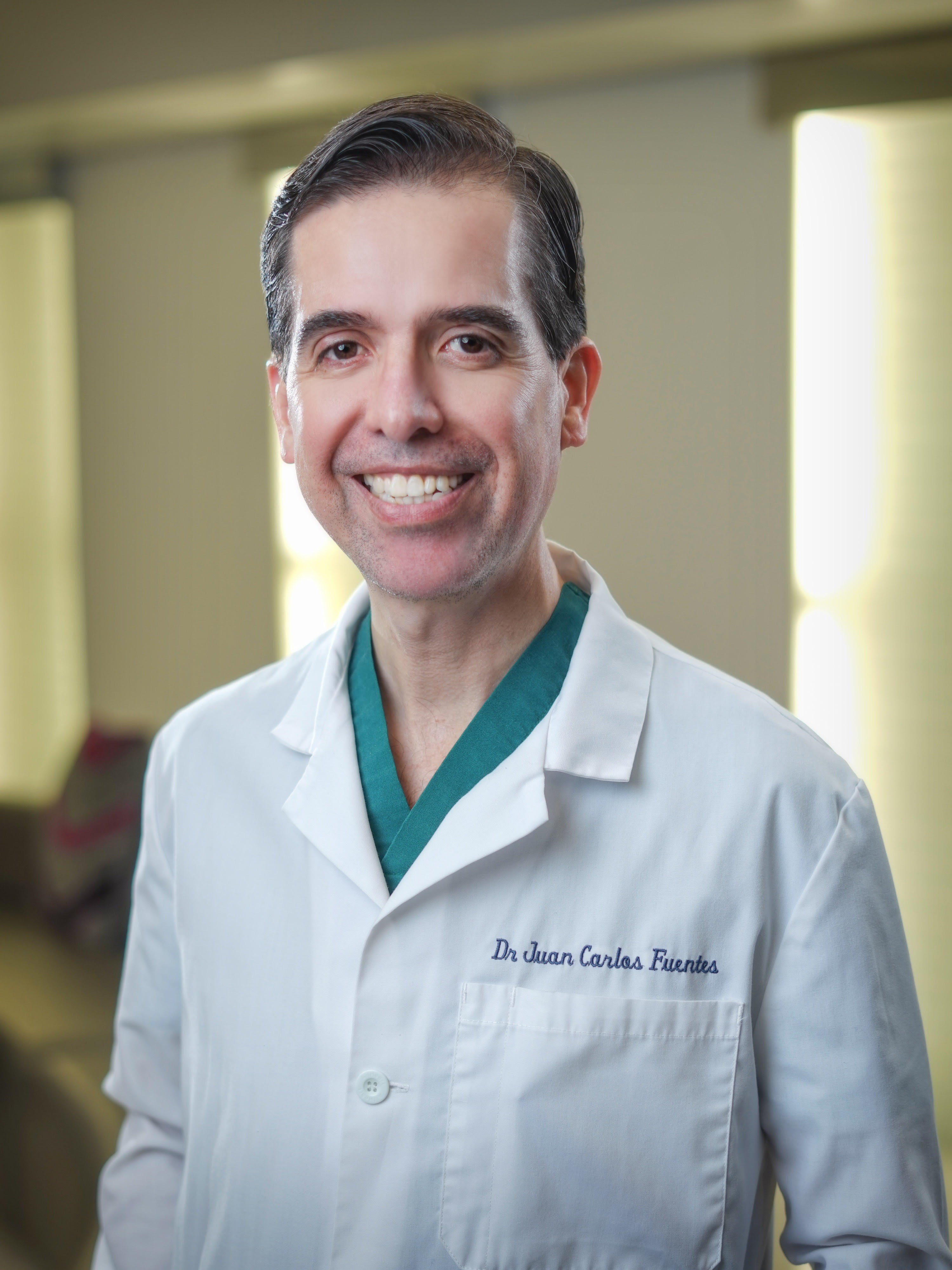 tijuana plastic surgeon dr fuentes